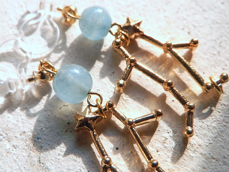 3D星座とちょっぴりよい石のイヤリング*ふたご座とアクアマリン