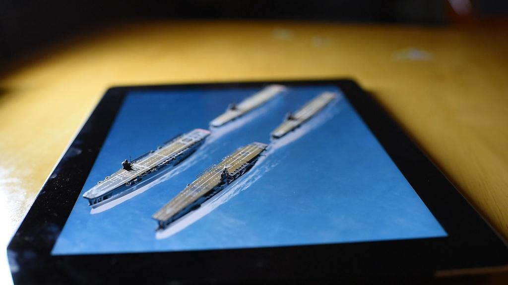 動く背景/海 タブレット用003「陣形No.3」