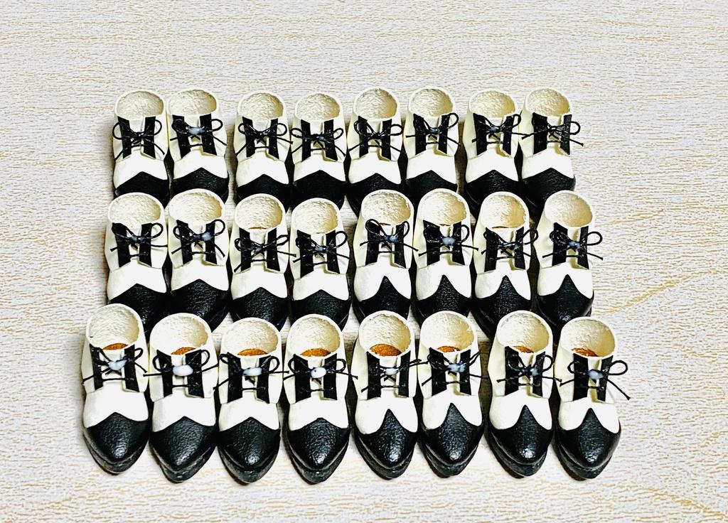 オビツ11白黒ウィングチップ