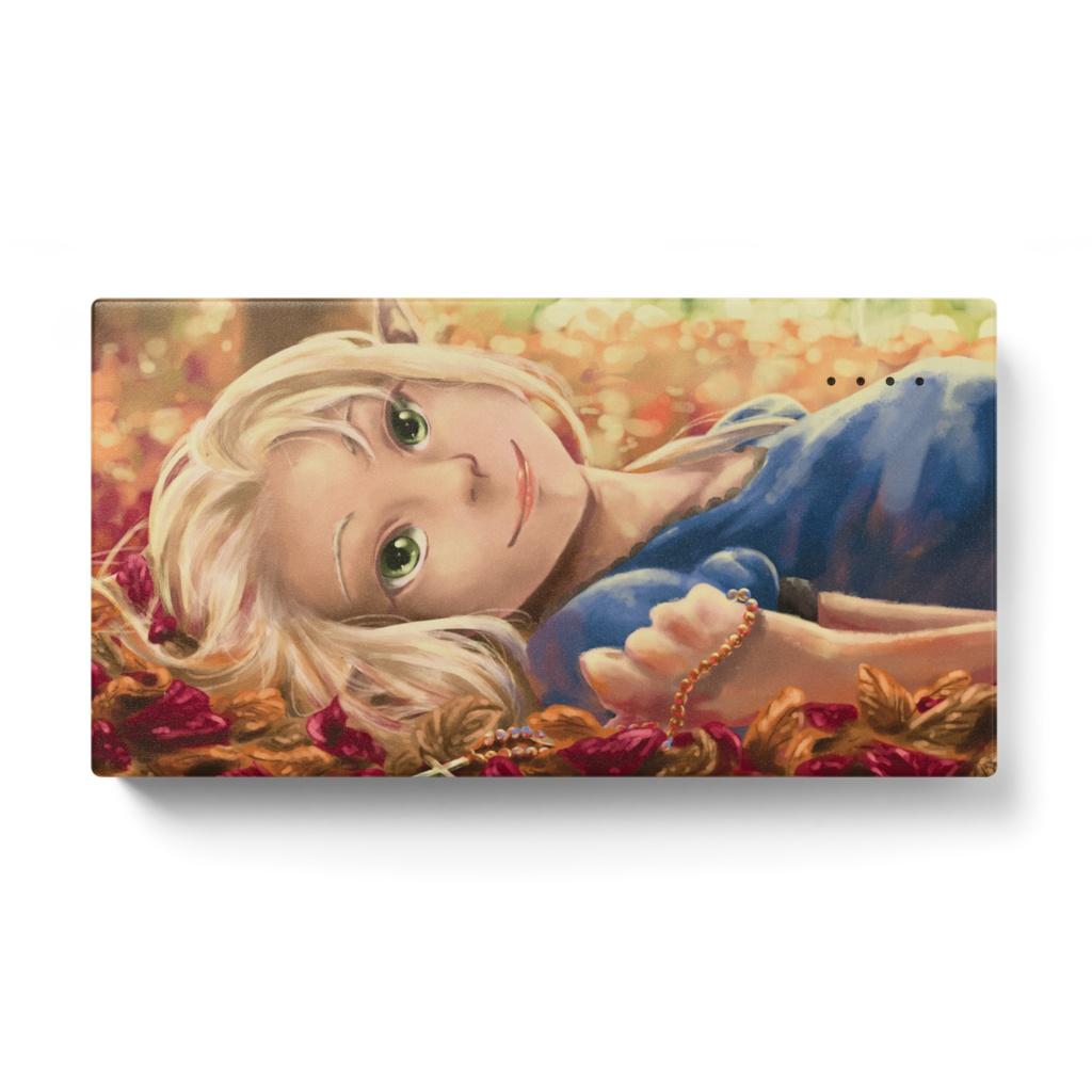落ち葉とエルフの女の子モバイルバッテリー