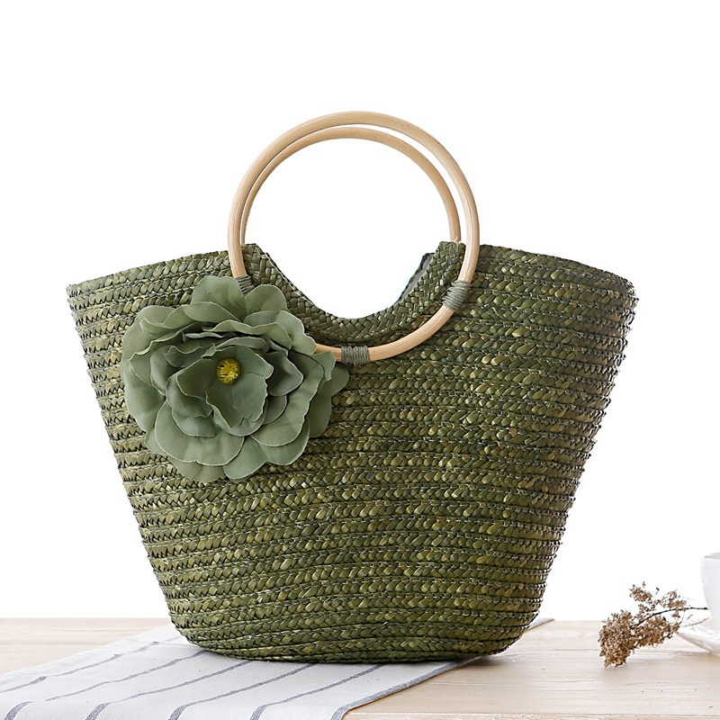 天然素材で織られたグリーンフラワーハンドバッグ