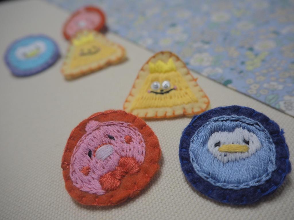 刺繍ブローチ(ペンペン/さんかくくん/亀吉)