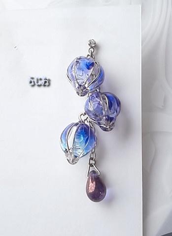 藤の花のピアス 銀 片耳用 藤紫