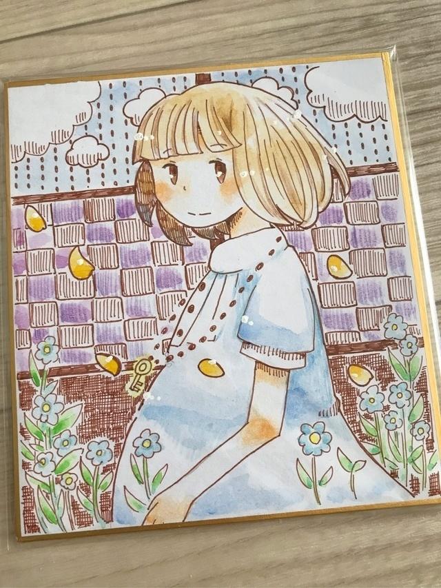 カギのネックレスと女の子(色紙原画)