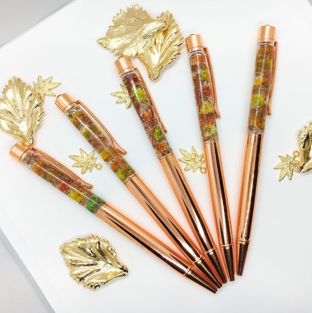 秋姉妹 ハーバリウムペン
