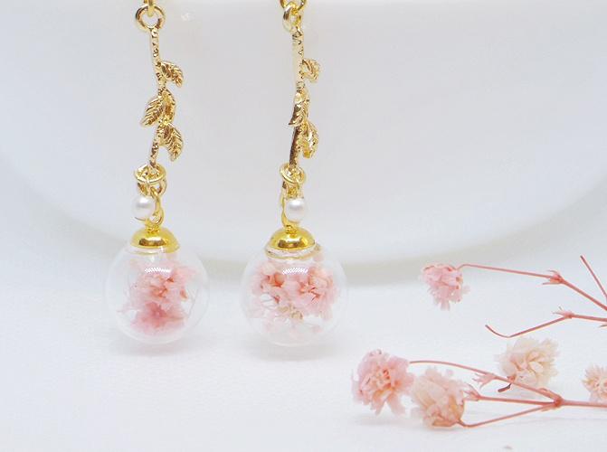 桜玉のピアス