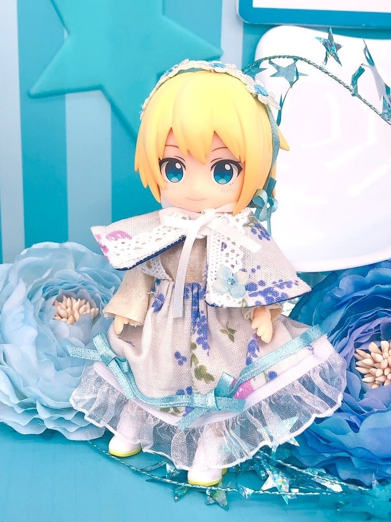 【4点セット】💙ブルーの小花柄スカートセット(4点セット)⭐︎オビツ11ねんどろいどどーる兼用