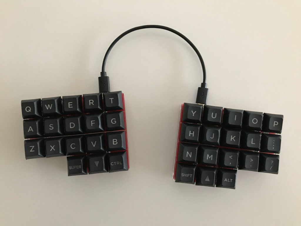 マサドラ - Booth代购 - 详情:MiniAxe 自作キーボードキット (DIY