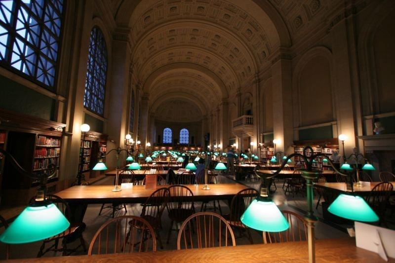 図書館 魔法 の