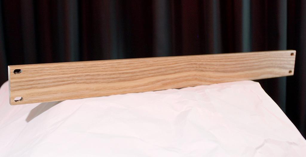 EIA19インチラック用 1Uブランクパネル タモ無垢材
