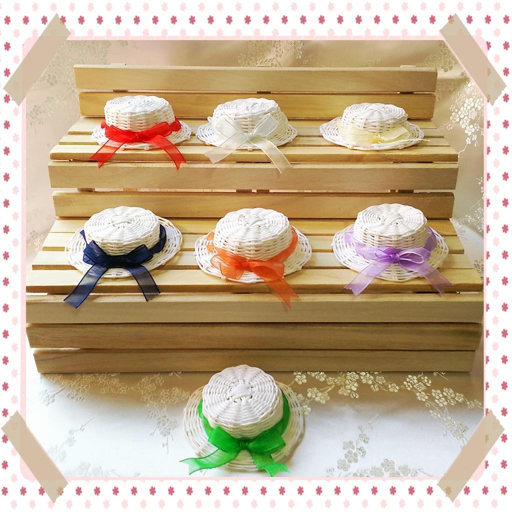 👒 白いカンカン帽子 👒