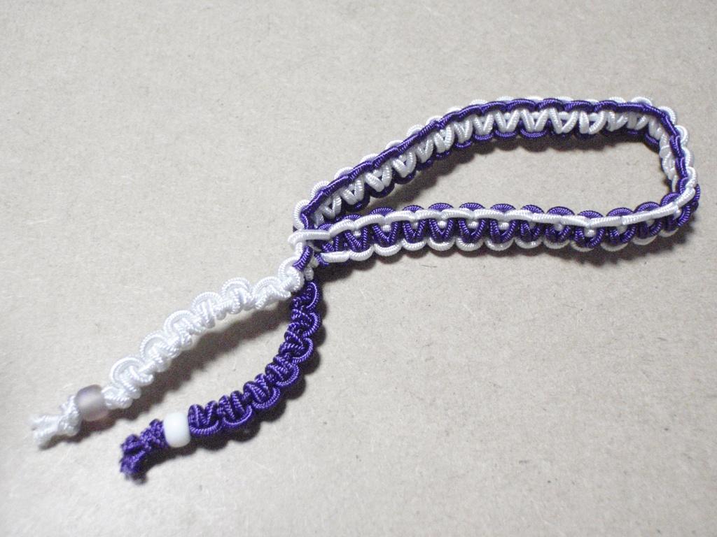 ブレスレットのようなヘアアクセサリー(白×紫)