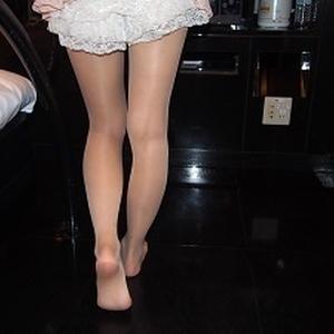 19歳超美形ギャル!ホテル連れ込みタイツ・ストッキング写真集 ゆかⅡ(別カメラバージョン)