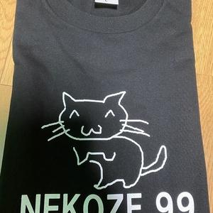 【Mサイズ】猫背の猫ちゃんTシャツ
