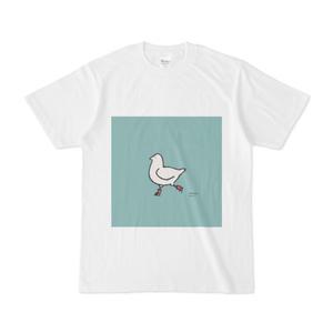 スケートをする鳩のTシャツ