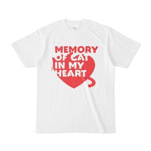 心にねこの思い出がありますTシャツ