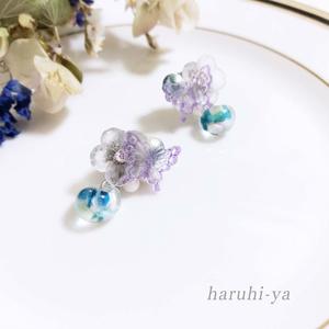 【フルオーダー】水の花と遊ぶ銀紫の蝶・ピアス【ご依頼品】