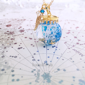deep blue・群青水母の星空アクアリウム・ネックレス