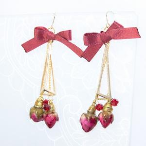 BANANA FISH イメージピアス/イヤリング 4本薔薇