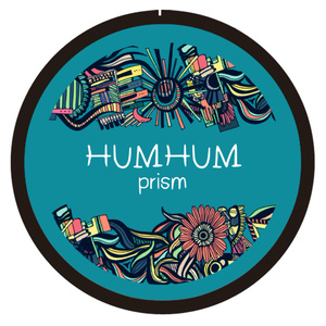 HUMHUM prism 【缶バッジ】