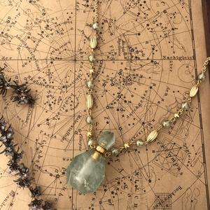 天然石の香水瓶ネックレス