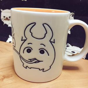 クワガ太郎マグカップ なかまたちと舌ver
