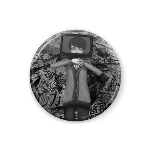モノクロテレビくん缶バッジ