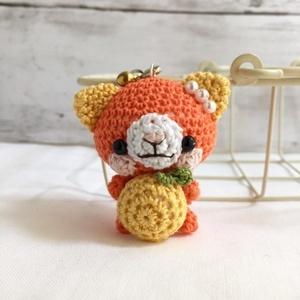 【受注生産】グレープフルーツ・濃黄色×濃オレンジ色ネコさん*鈴付きイヤホンジャックストラップ