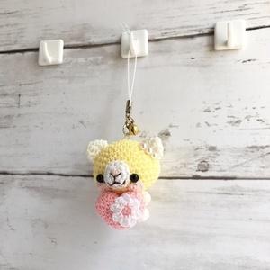 【受注生産】ピンクハート・淡黄色×白色ネコさん*鈴付きイヤホンジャックストラップ