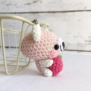 【受注生産】パッションピンクりんご・白ピンククマ*鈴付きイヤホンジャックストラップ