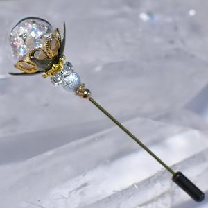 白魔道士のガラスドームハットピン