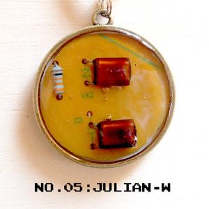 JULIAN-W