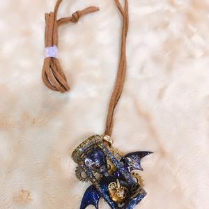 砂時計ネックレス