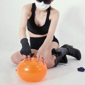 風船フェチ動画503