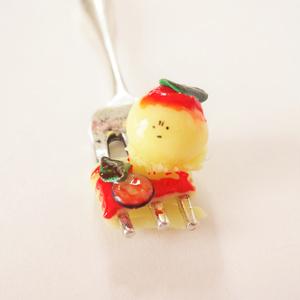 クラゲスパキーホルダー(トマトソース)
