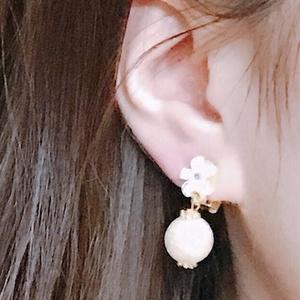【刀剣乱舞 鶴丸国永イメージ】コットンパールと花のイヤリング