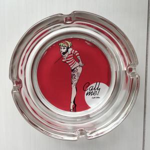 ガラス灰皿