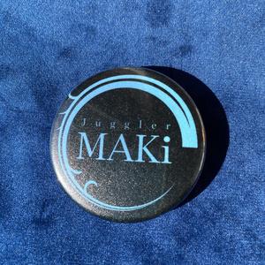 MAKiロゴ缶バッチ ブラック
