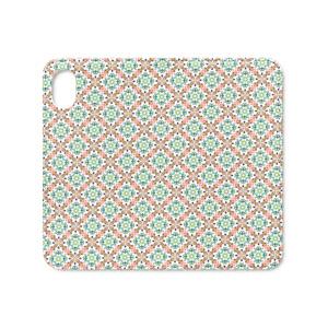 よく見るとこぐま。(春緑色)iPhoneカバー
