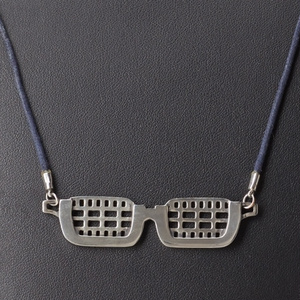電探眼鏡ネックレス