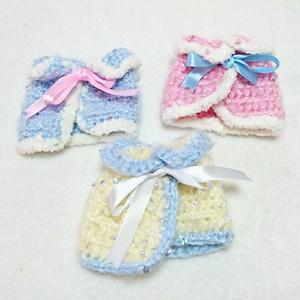 ぬいぐるみ用手編みのケープ