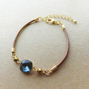 一粒ビジューの革紐ブレスレット(deep sapphire)