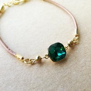 一粒ビジューの革紐ブレスレット(emerald)