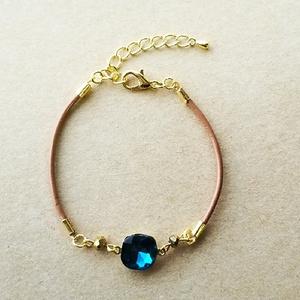 一粒ビジューの革紐ブレスレット(blue zircon)