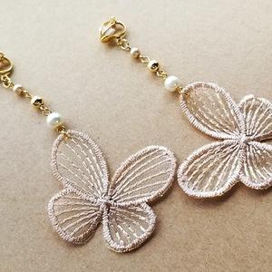 刺繍イヤリング(butterfly)