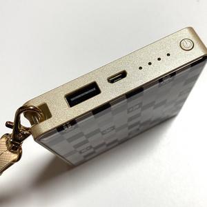 ねこふだモバイルバッテリー