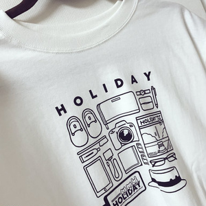 HOLIDAYモノTシャツ