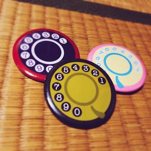 赤電話缶バッジ Red Phone
