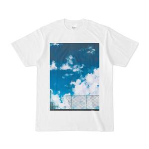青空とフェンスTシャツ