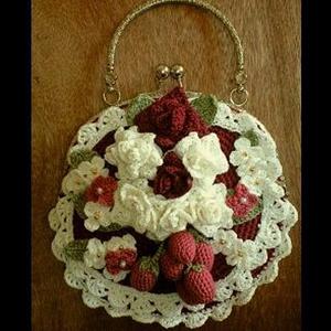 ハンドメイド♪†【がま口】薔薇とイチゴのミニハンドバッグ†